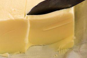 秩父高原 バター作り体験